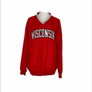 ~Men's size large pro players Wisconsin pullover